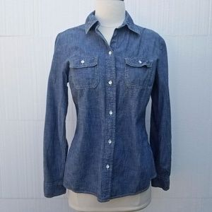 Gap Chambray Blue Button Down Fitted Shirt